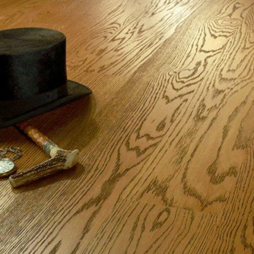 Фото Паркетная доска. Дуб брашированный под маслом однополосный. Коллекция Антик, Словакия