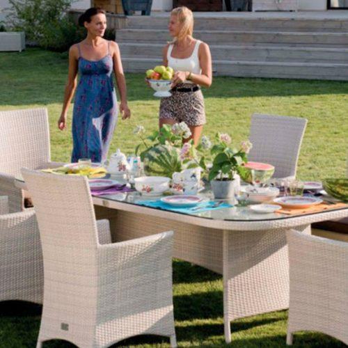фото Комплект меблів для саду. Стіл і стільці зі спинкою. Колекція Ocean, Італія
