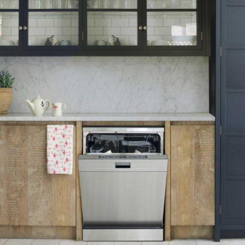 фото Встраиваемая посудомоечная машина Smeg, Италия