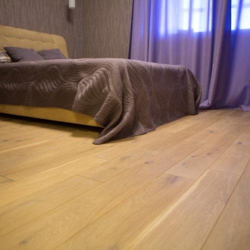 Фото Масивна дошка. Дуб рустик вибілений під маслом. Ширина 140 мм. Брашована колекція, Україна