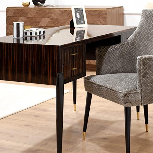фото Мебель для кабинета. Письменный стол и кресло. Массив натурального дерева. Коллекция Аvalon, Португалия
