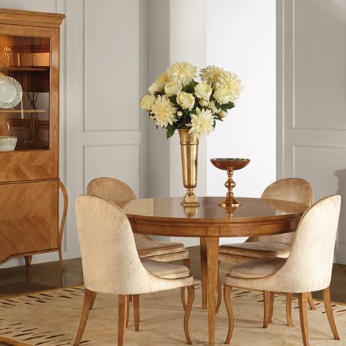 фото Меблі для їдальні. Стіл обідній круглий, розкладний, стільці і буфет. Колекція Liberty, Португалія