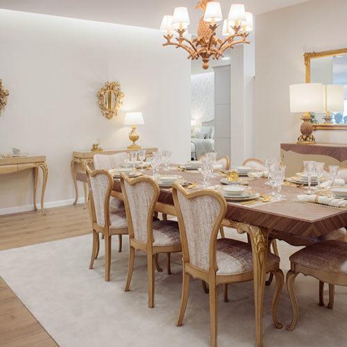 фото Комплект меблів для їдальні. Обідній стіл, стільці і консоль з колекції Lotus, Португалія