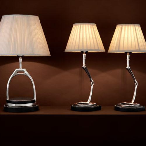 Лампа настольная. Плиссированная ткань, отделка никелем. Коллекция Prinston