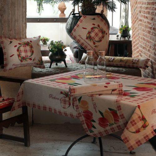 Столовий текстиль Home. Скатертина прямокутна і серветки з гобелену. Італія