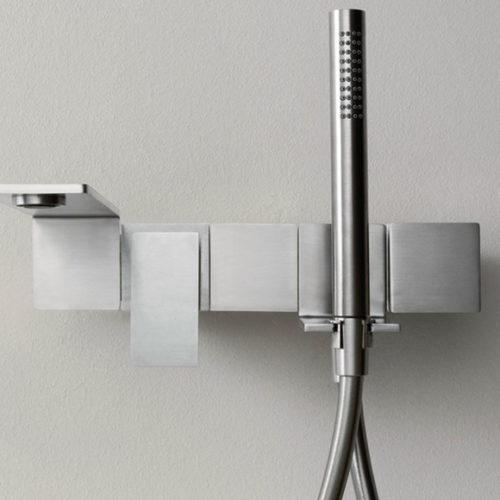 Фото Смеситель для ванной. Душевая стойка. Коллекция 5 мм, Италия