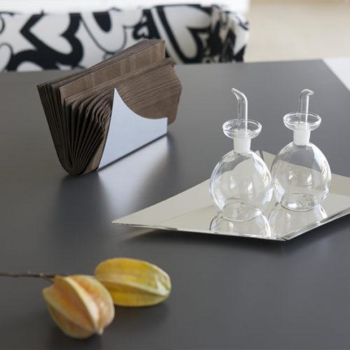 Салфетница, поднос, набор для специй. Полированная сталь, стекло. Elleffe Design. Коллекция Specchi, Италия