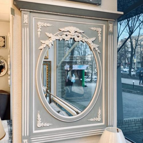 фото Дзеркало в стилі прованс. Рама з масиву ялини. Декорування ліпниною. Ручна робота. Колекція Gustavien, Франція