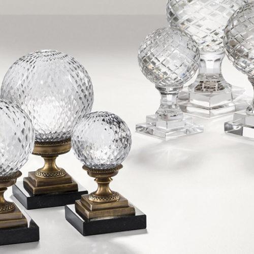фото Декор настольный. Магический шар. Хрустальное стекло, дерево. Коллекция Rubin, Голландия