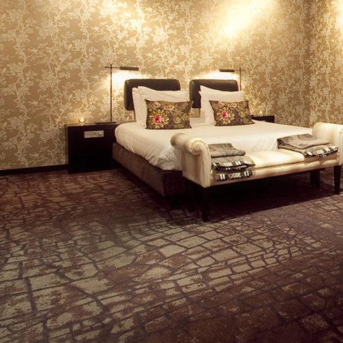 Коммерческое ковровое покрытие, изготовленное по индивидуальному дизайну