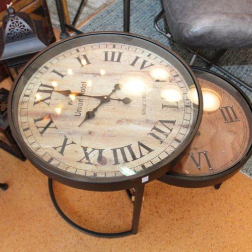 Столики кавові зі стільницею у вигляді годинника. Натуральне дерево, скло. Колекція Clock, Німеччина