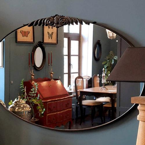 фото Дзеркало овальної форми. Масив французької вишні. Декор ручної роботи. Колекція Gala, Іспанія