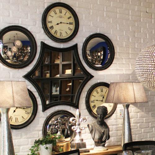 фото Інсталяція дизайнерська на стіну в стилі Лофт. Годинники і дзеркала. Натуральне дерево. Колекція Industrial, Італія