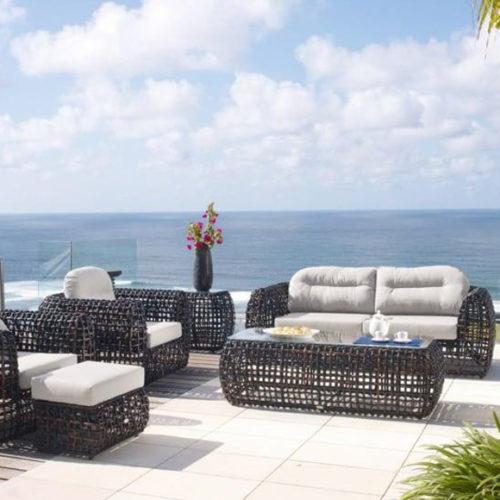 фото Комплект меблів для балкона або тераси. Диван, крісла, кавовий столик. Штучний ротанг. Колекція Dynasty, Іспанія