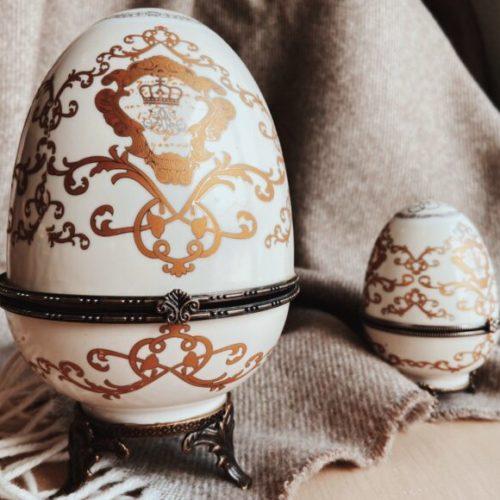 Шкатулка-яйцо. Керамика, латунь. Ручная работа. Royal Family, Италия