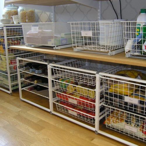 фото Система хранения в кладовую с множеством полок и ящиков. Металлическая конструкция. Простой монтаж. Гарантия 10 лет. Elfa, Швеция