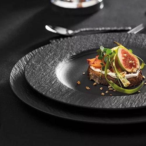 Тарелки, блюда, пиалы из коллекции Manufacture rock. Матовый бисквитный фарфор премиум класса в черных и белых цветах. Ручная работа. Villeroy& Boch, Германия
