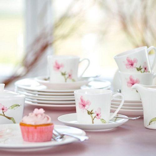 Сервиз чайный из костяного фарфора c тонким цветочным мотивом. Коллекция Jade Magnolie, Rosenthal. Германия Скидка -40% АКЦИЯ