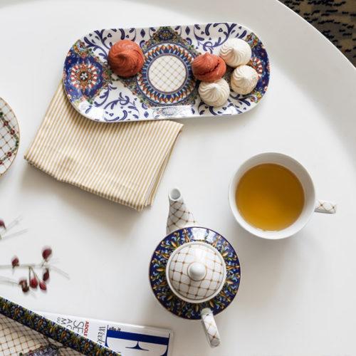 Чашка, блюдце, чайник, тарелочка прямоугольная. Фарфор. Изысканный декор. Коллекция Trinacria, Италия