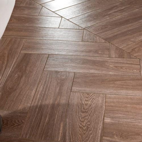 Плитка керамічна для підлоги під паркетну дошку. Колекція Fronda Wengue, Іспанія