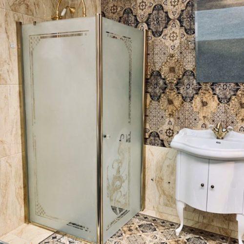 Фото Кабина душевая. Матовое стекло с рисунком. Каркас из металла бронзового оттенка. Коллекция Retro, Италия