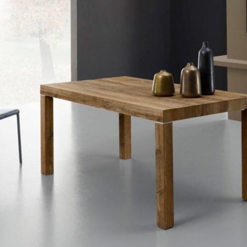 фото Стіл розкладний. Ноги дерев'яні, стільниця-ламінат з яскраво вираженою структурою натурального дерева. Колекція Sirio, Італія