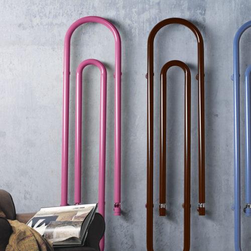 Фото Полотенцесушитель водяной. Сталь, окрашенная в разные цвета. Вертикальная или горизонтальная установка. Коллекция GRAFFE, Италия