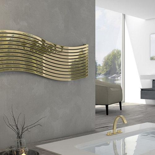 Фото Радиатор дизайнерский в современном стиле золотого цвета. Коллекция LOLA, Италия