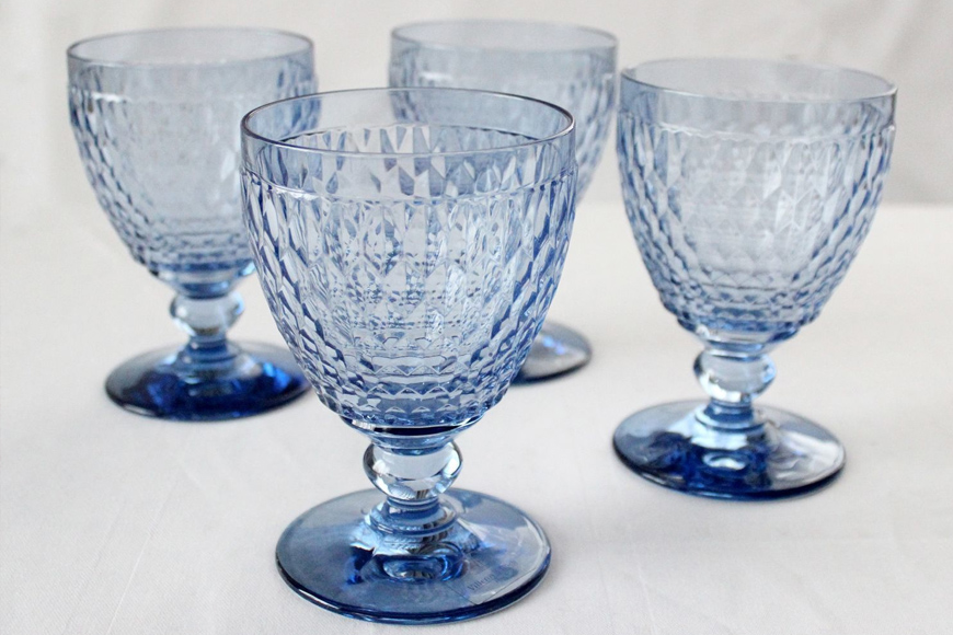 Фото Бокал для воды, вина, шампанского. Цветное стекло голубого цвета. Коллекция Boston. Villeroy&Boch, Германия