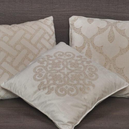 Набір з 3 подушок. Діаметр 43см. Колекція Gold Dots, Італія
