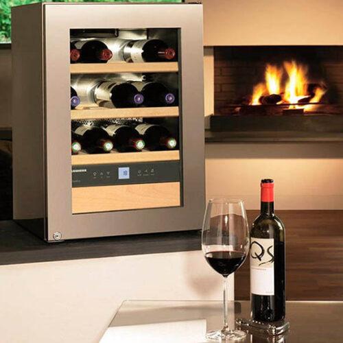Шкаф винный отдельностоящий, климатический. Вместимость 12 бутылок. Сенсорное управление. Корпус из нержавеющей стали Lieherr Cool Mini, Германия